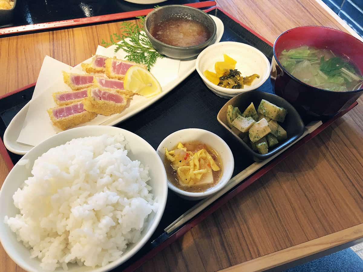 和歌山 勝浦 bodai(母大)|鮪中トロカツ定食