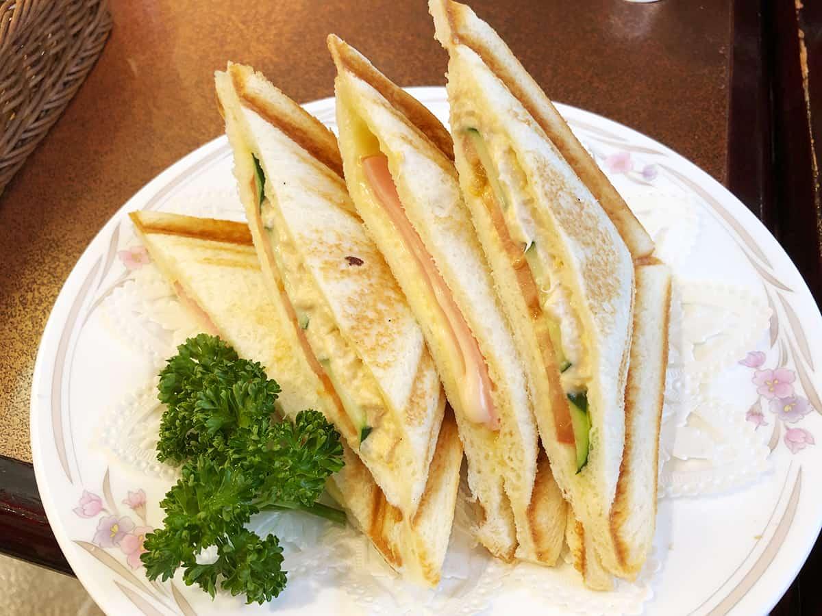 東京 日暮里 カフェ&レストラン談話室 ニュートーキョー |ホットサンドイッチ