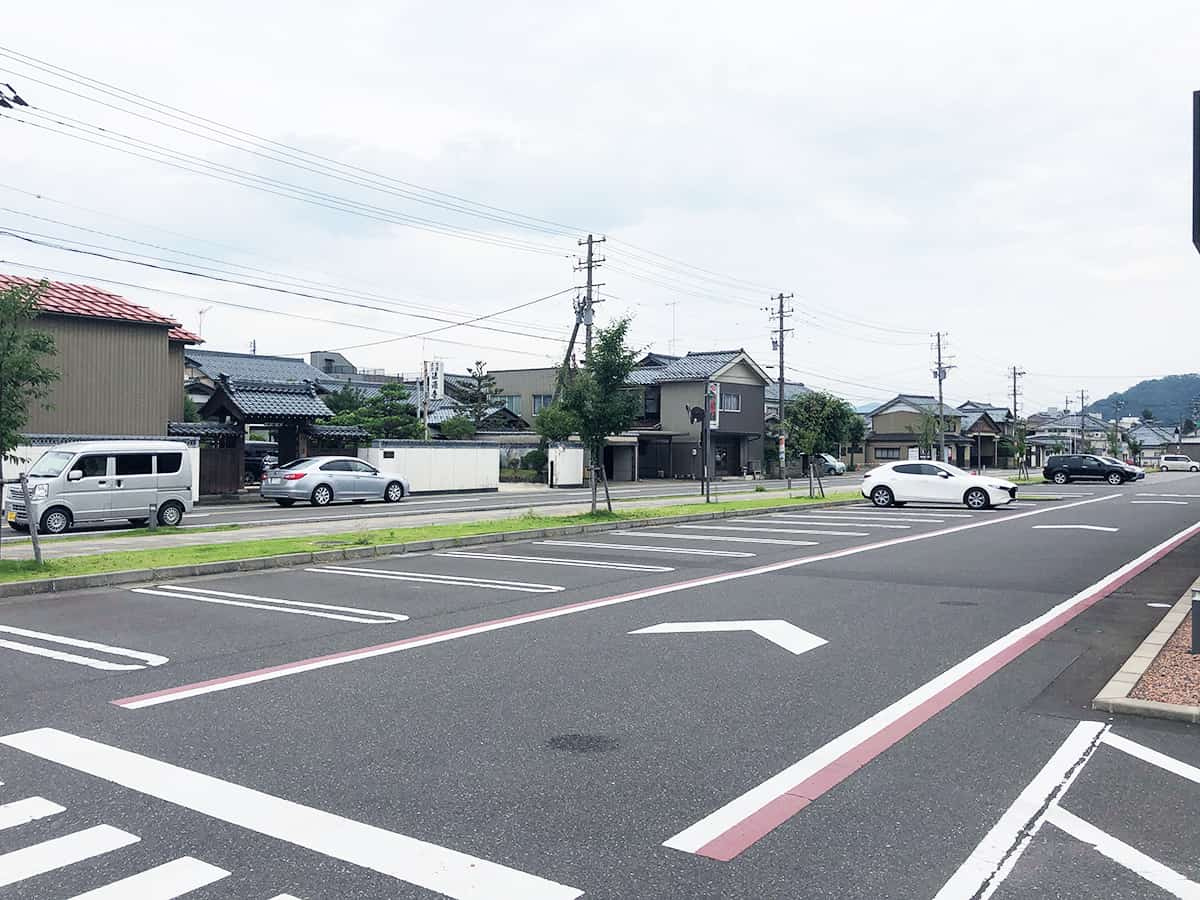 福井 越前 スターバックスコーヒー 武生中央公園店 駐車場