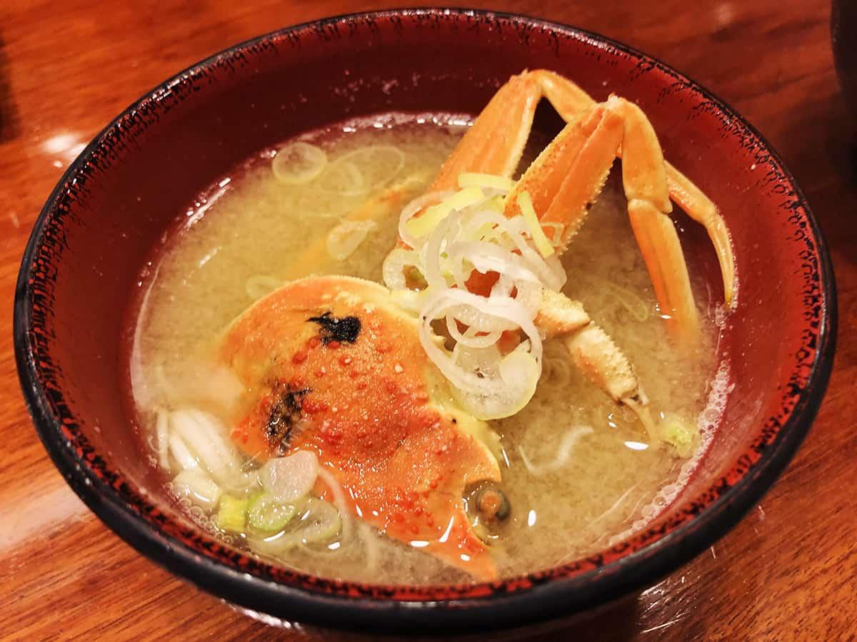 石川 金沢 もりもり寿し 近江町店|香箱蟹の味噌汁