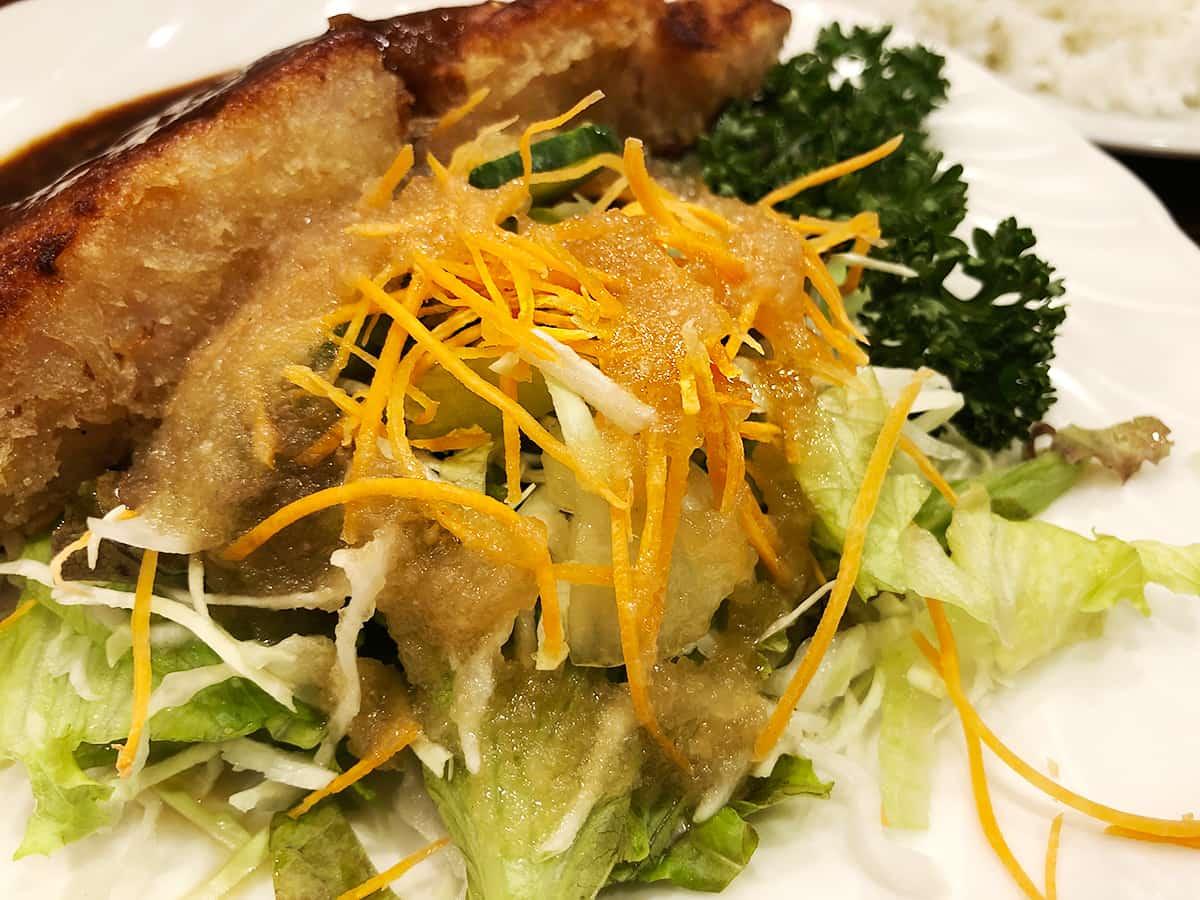 東京 池袋 キッチン チェック サラダ