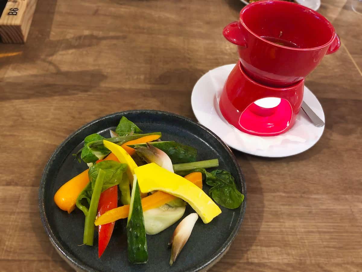山梨 北杜 ブラッチェリー ロトンド 小淵沢店|八ヶ岳野菜のバーニャカウダ